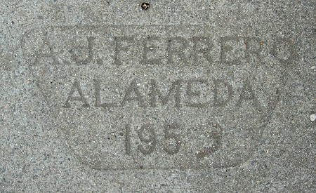 1953m