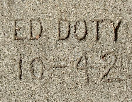 1942w