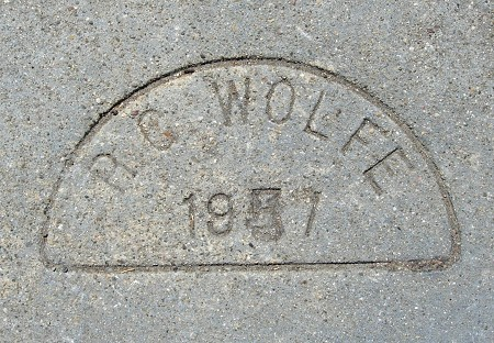 1957l