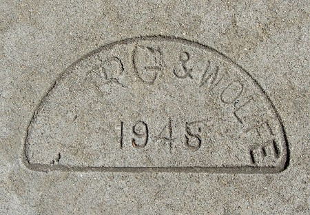 1945t
