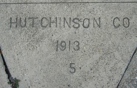1913x