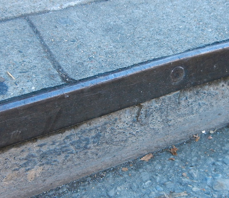 Granite curbs | Oakland Underfoot